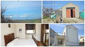 Image No.20-Maison de campagne de 3 chambres à vendre à Atessa