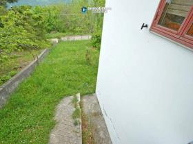 Image No.2-Maison de campagne de 2 chambres à vendre à Torrebruna