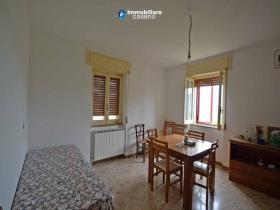 Image No.3-Maison de campagne de 2 chambres à vendre à Torrebruna