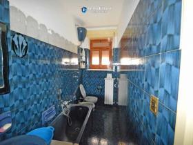 Image No.5-Maison de campagne de 2 chambres à vendre à Torrebruna