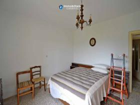 Image No.6-Maison de campagne de 2 chambres à vendre à Torrebruna