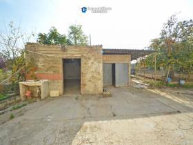 Image No.7-Maison de campagne de 3 chambres à vendre à Scerni