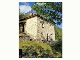 Image No.1-Maison de campagne de 2 chambres à vendre à Agnone