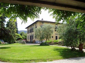 1 - Lucca, Villa