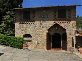 Image No.1-Villa de 6 chambres à vendre à Montaione