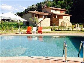 Image No.0-Propriété de 12 chambres à vendre à Volterra