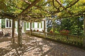 Image No.1-14 Bed Villa for sale