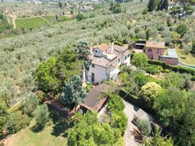 Image No.0-Villa de 5 chambres à vendre à Florence