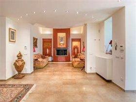 Image No.2-Villa de 5 chambres à vendre à Florence