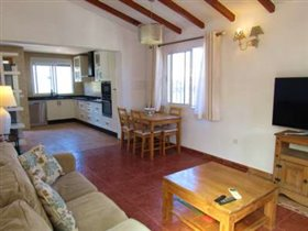 Image No.2-Villa de 3 chambres à vendre à Los Romanes