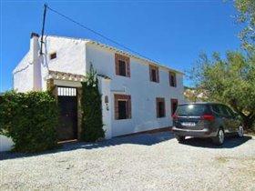Image No.0-Ferme de 6 chambres à vendre à Los Romanes
