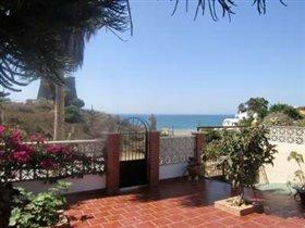 Image No.0-Villa de 3 chambres à vendre à Benajarafe
