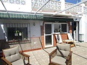 Image No.2-Villa de 3 chambres à vendre à Benajarafe