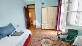 Image No.17-5 Bed Villa / Detached for sale