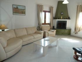 Image No.8-Villa / Détaché de 5 chambres à vendre à Torchiarolo