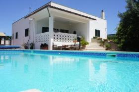 Image No.0-Villa / Détaché de 5 chambres à vendre à Torchiarolo