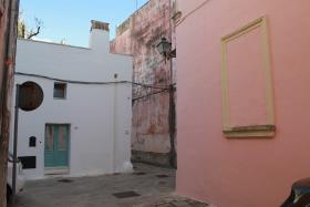 Image No.6-2 Bed Townhouse for sale