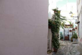 Image No.8-2 Bed Townhouse for sale