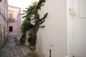 Image No.45-2 Bed Townhouse for sale