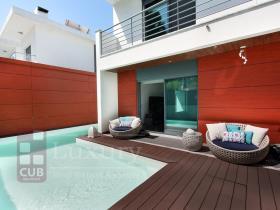 Image No.1-Villa de 4 chambres à vendre à Almada