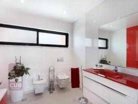 Image No.7-Villa de 4 chambres à vendre à Almada