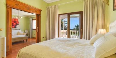 classic-villa-marbella-norwegian-estates-21-770x386