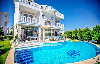 4-bedroom-villa-for-sale-in-antalya105