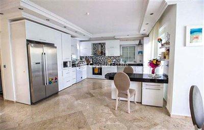 4-bedroom-villa-for-sale-in-antalya135