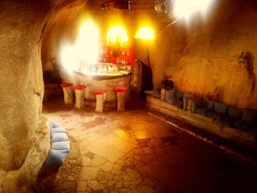 castello-cave-bar1