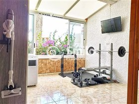 Image No.23-1 Bed Property for sale