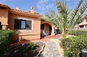 Image No.1-Villa de 2 chambres à vendre à Hacienda del Alamo