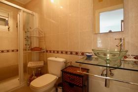 Image No.18-5 Bed Villa / Detached for sale