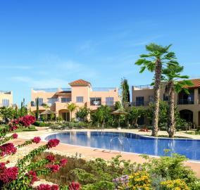 mandria-gardens-s-pool-area