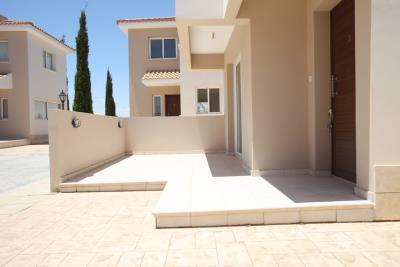 04_front-veranda
