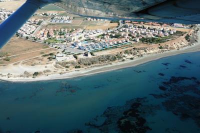 Faros-Luxury-Apartments-Location-2