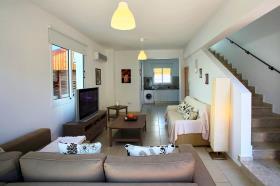 Image No.5-Villa / Détaché de 3 chambres à vendre à Pernera