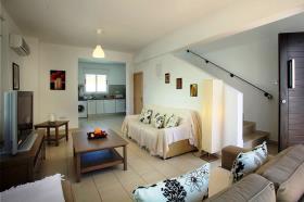 Image No.6-Villa / Détaché de 3 chambres à vendre à Pernera