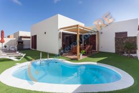 Image No.0-Villa / Détaché de 3 chambres à vendre à Corralejo