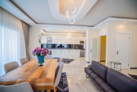 Image No.5-Penthouse de 7 chambres à vendre à Mahmutlar