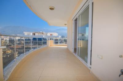Takyan-sea-view-penthouse-for-sale-in-Alanya-Mahmutlar--17-