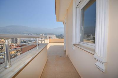 Takyan-sea-view-penthouse-for-sale-in-Alanya-Mahmutlar--26-