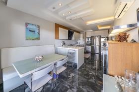 Image No.5-Appartement de 5 chambres à vendre à Cikcilli