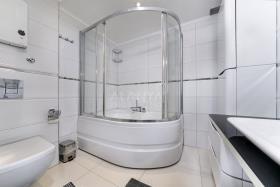 Image No.16-Appartement de 5 chambres à vendre à Cikcilli