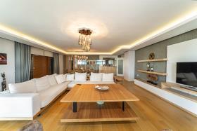 Image No.2-Appartement de 5 chambres à vendre à Cikcilli