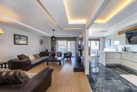Image No.6-Appartement de 5 chambres à vendre à Cikcilli
