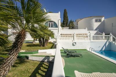 House-Garden-Pool