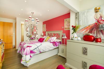 Pink-Room-1