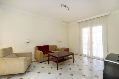 Bedroom-4-sitting-room