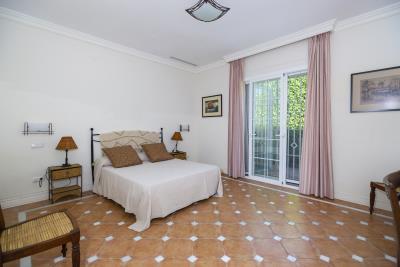 Bedroom-suite-5