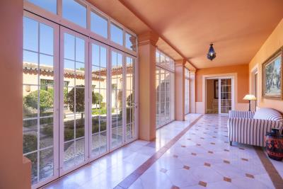 Interior-Patio